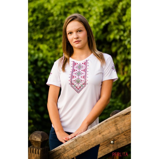 Female t-shirt with national decoration - 005